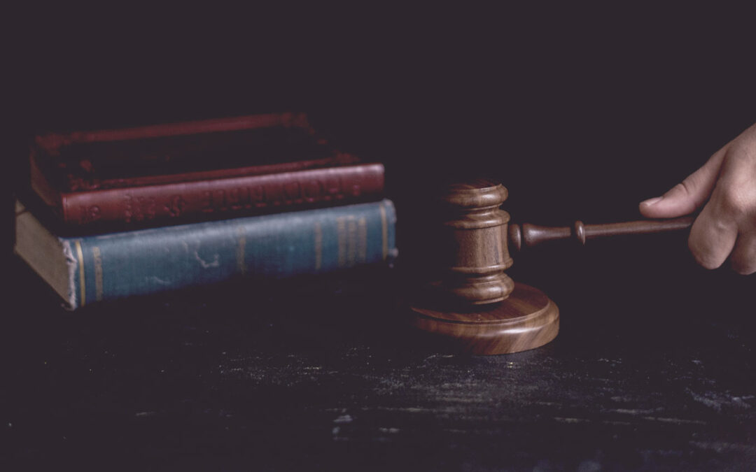 Dental practice owners are vicariously liable for the acts and omissions of self-employed associate dentists – High Court
